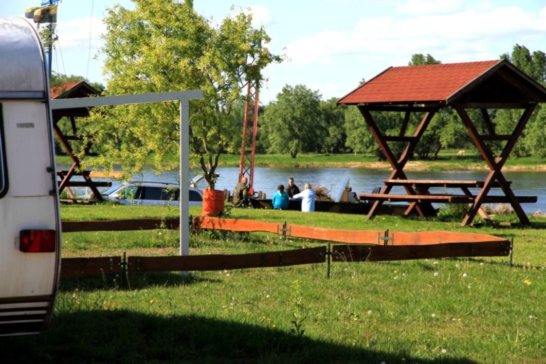 Campingplatz Magdeburg .